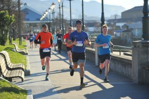 runners completing the dunedin half marathon