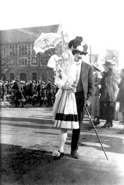 "MB 444, Bishop Julius Hall Association of Ex-Students records, item 15970, ""A student in fancy dress for capping day, Christchurch"""